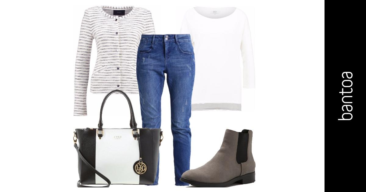 In Ufficio Con Il Jeans Outfit Donna Basic Per Ufficio